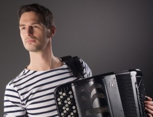 French accordionist for wedding & event