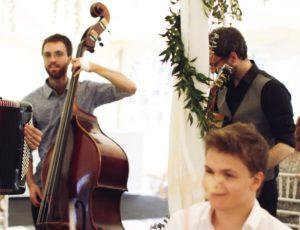groupe de musique de jazz manouche
