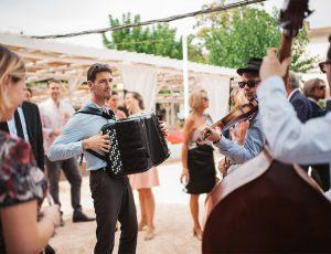 Un groupe de Jazz Manouche pour le vin d'honneur de mariage