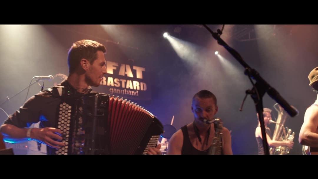 lors d'un concert avec le Fat Bastard Gang Band